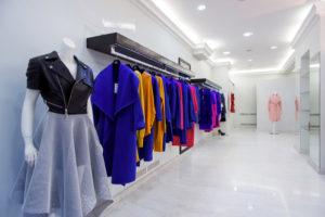 Где и как разрекламировать свой магазин женской одежды
